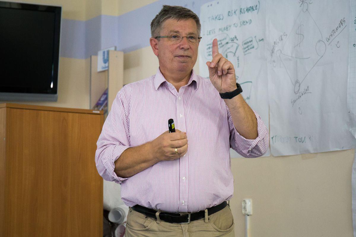 Основатель компании Ericsson Ларс Магнуссон выступил с лекцией в ИППТ СПбПУ