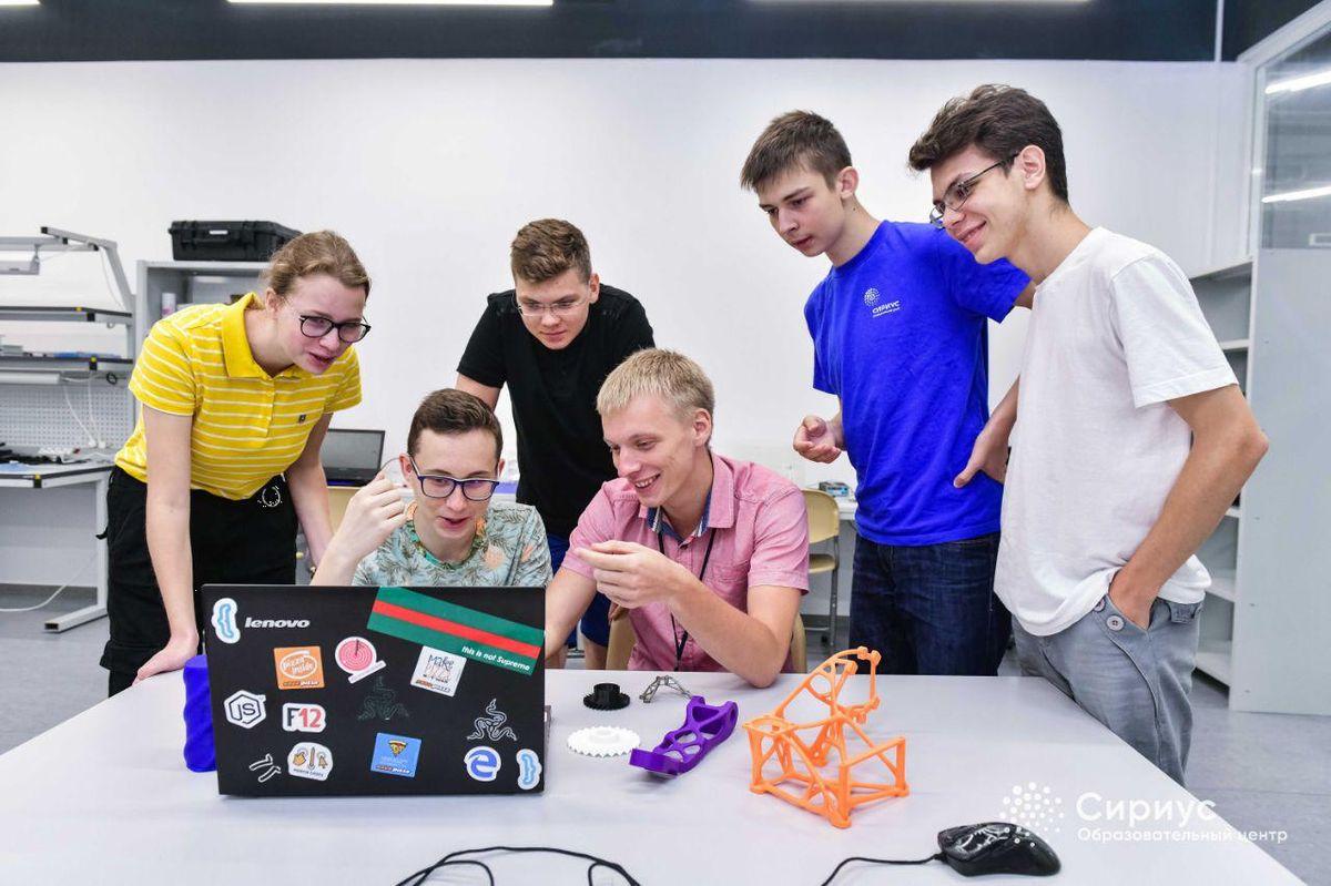 Студент ИППТ СПбПУ Федор Тарасенко стал наставником участников образовательной программы «Большие Вызовы»