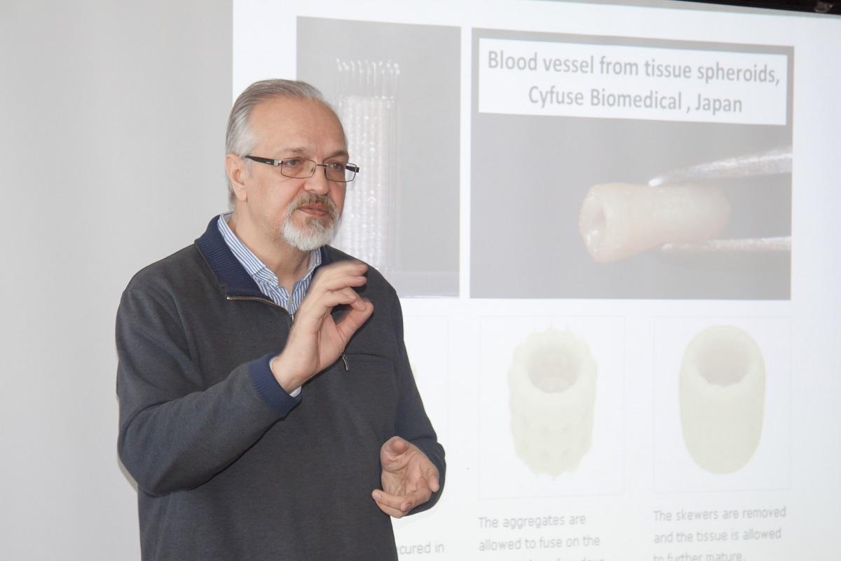 Научный руководитель компании 3D Bioprinting Solutions Владимир Миронов