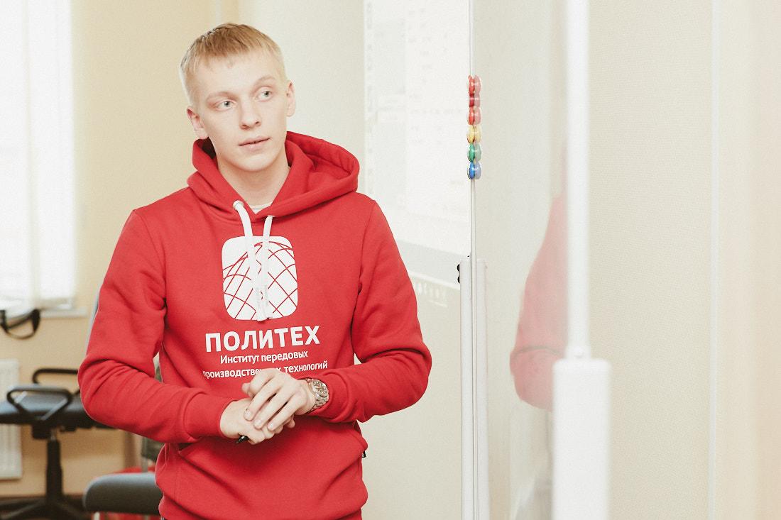 Студент ИППТ СПбПУ Федор Тарасенко стал золотым медалистом Всероссийской олимпиады «Я-профессионал»
